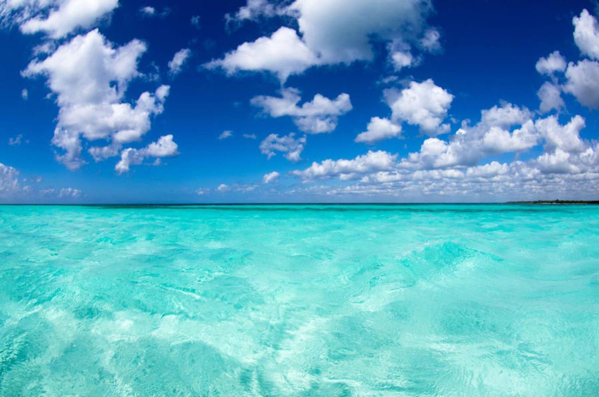 view of the tropical Caribbean and its many shades of crystal blue