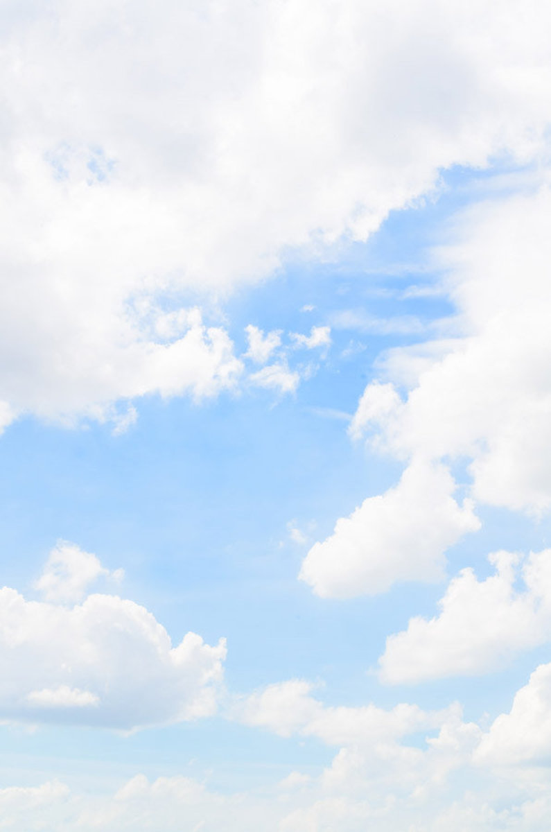 Blue Sky With Fluffy Clouds Mural Wallpaper