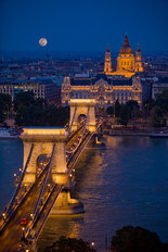 Chain Bridge Over the Danube River, Budapest Wall Mural