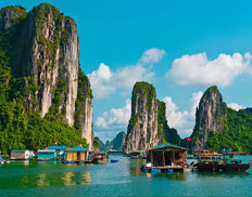 Floating Fishing Village In Halong Bay, Vietnam Mural Wallpaper