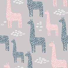 Childish Giraffe Pattern Wallpaper