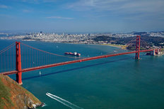 Golden Gate Bridge 2 Mural Wallpaper