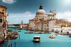 Grand Canal In Italy Mural Wallpaper