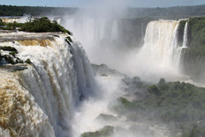 Iguazu Falls Brazil Side Mural Wallpaper