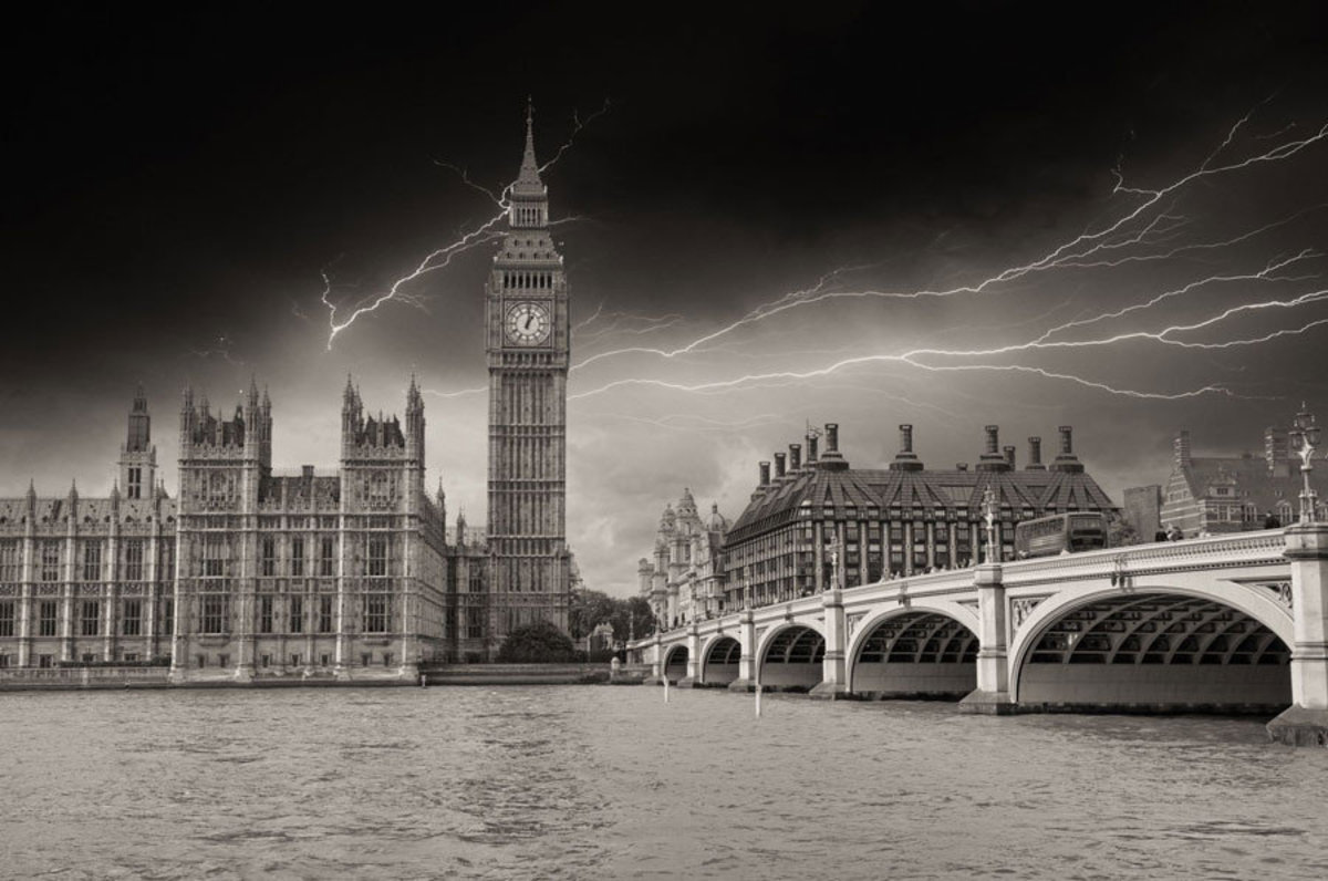 lightning dancing across the sky of a London skyline