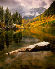Maroon Bells 2 Mural Wallpaper