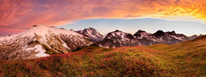 Mt Ruth & Mt Shuksan at Sunset 2 Mural Wallpaper