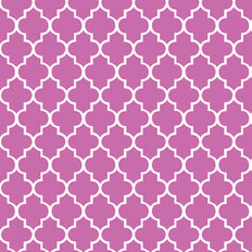 Radiant Orchid Quatrefoil Wallpaper
