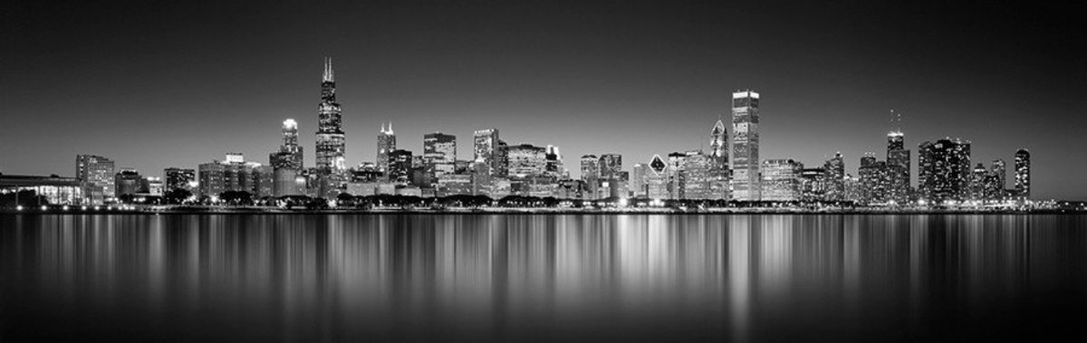 Reflection of Chicago On Lake Michigan Mural Wallpaper
