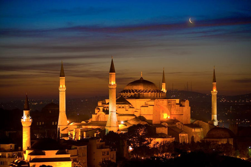 The Blue Mosque, Istanbul, Turkey Mural Wallpaper