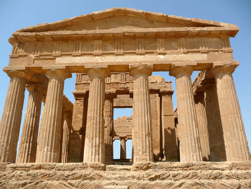 The Temple of Concordia, Agrigento, Italy Mural Wallpaper